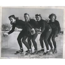 1946 Press Photo Florence Helen Esther Agnes Skaters - RRS79127