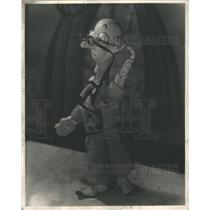 1937 Press Photo Magician Stooge Bunin Animated Puppets
