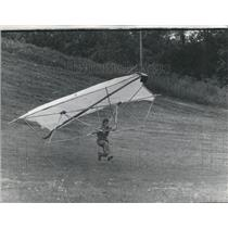 1974 Press Photo Hand gliding - RRS28465