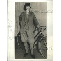 1930 Press Photo Knickerbockers Women - RRS59571