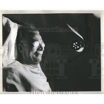 1944 Press Photo Sun Lamp Vitamin D Tan Good Coloring - RRS75991