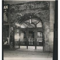 1917 Press Photo Glass Center Jude Door Madison Hall - RRS63815