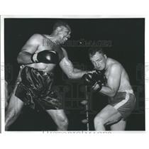 1958 Press Photo Light HeavyWeight Archie Moore Fight - RRS91181