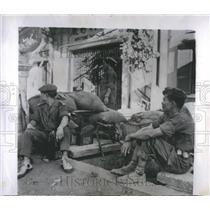 1955 Press Photo Xuyen Society Soldiers Alert Saigon - RRS11853