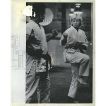 1984 Press Photo Carrie Dipasquale Glenview Karate Club - RRS40899