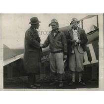1922 Press Photo J.P. Wood & George Turner With William E. Chamborlin