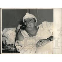 1948 Press Photo Cleveland Indians Pitcher Don Black On Phone In Hospital Bed