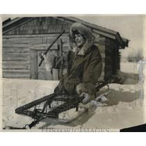 1924 Press Photo Lydia Hutchinson on one of dog sleds for a race