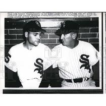 1958 Press Photo Al Lopez Chicago White Sox Manager Young Shaw New Pitcher MLB