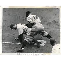 1941 Press Photo Brooklyn Dodger Wasdell safe at 3rd vs May of Phillies