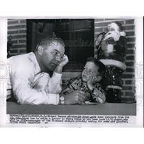 1955 Press Photo Former Yankees pitcher Ed Lopat a with his son John - nes00444