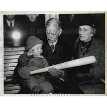 1938 Press Photo Athletics Manager Connie Mack & Grandson Frankie Cunningham III