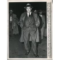 1949 Press Photo Joe McCarthy, Manager of Boston Red Sox Arrives in New York