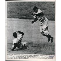 1950 Press Photo Phil Rizzuto Yankees Steals 2nd Base Vern Stephens Red Sox MLB