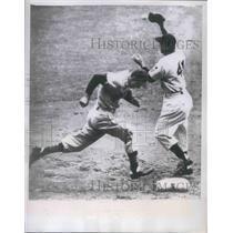 1951 Press Photo Roy Sievers Browns Yankee Stadium Joe Collins - nes02671