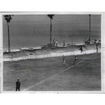 1956 Press Photo Cincinnati Reds Rocky Bridges & Bob Thurman at Al Lang Field