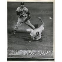 1954 Press Photo Willie Jones Of Phillies Forced Out At 2nd When Ashburn