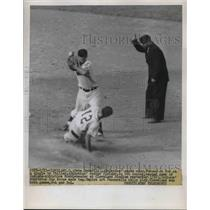 1951 Press Photo Pete Suder Athletics Short stop Philley Indians game