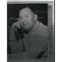 1960 Press Photo Ed Lopat, Former Pitching of Yankees on Phone - nes02795