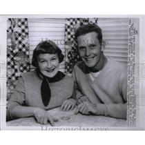 1955 Press Photo Detroit Tiger catcher J.W. Porter & his wife Claudia