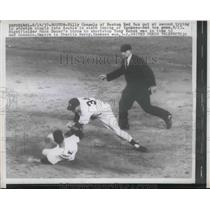 1957 Press Photo Red Sox Billy Consolo out at 2nd vs YankeesTony Kubek,