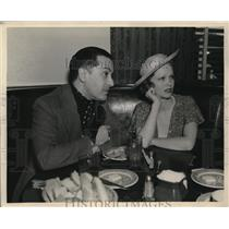 1936 Press Photo Broadway Singer George Metaxa at The Brown Derby with New Wife