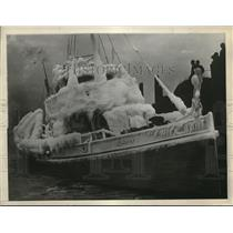 1929 Press Photo US Coast Guard Cutter Dallas Completely Covered in Ice
