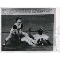 1959 Press Photo Wes Covington Braves Safe At 2nd Dick Scholield Pirates MLB