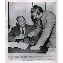 1951 Press Photo Eddie Sawyer Signing Contract as Manager of Philadelphia Philli