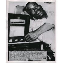 1952 Press Photo Monte irvin New York Giants Shattered ankle - nes00774
