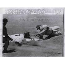 1961 Press Photo Harvey Kuenn Giants Double Play Don Zimmer Cubs Out At 2nd MLB