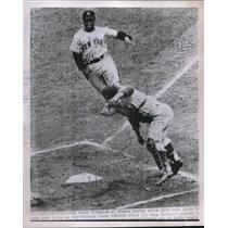 19511 Press Photo Henry Thompson Giants Scores Run Bruce Edwards Cubs MLB
