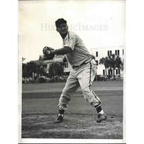 1945 Press Photo Johnny Grodzicki at Cardinals traing camp