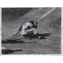 1959 Press Photo Bill Tuttle of the Kansas City Athletics falls after being hit