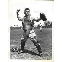 1937 Press Photo Sidney Gautbraux, catcher at spring training, Dodgers