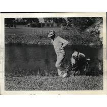 1937 Press Photo Sam Snead at the Miami Biltmore Country Club's famed 15th hole
