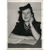 1940 Press Photo Ann Landy Golf, NLRB Review Attorney on the witness stand