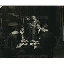 1927 Press Photo of Radio Broadcast of Bridge Game Over WSAJ Radio - nez04259