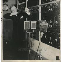 1932 Press Photo General Electric Laboratory Joseph B. Ely