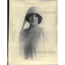 1925 Press Photo Mrs. John Forteschue Fashion Show