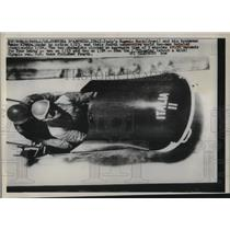 1960 Press Photo Eugenio Monti, Renzo Alvera, Olympic Bobsled Team Cortina Italy