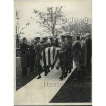1932 Press Photo Friends gather for the funeral of Herbert Crowder - neb96067