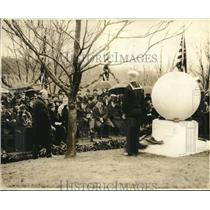 1922 Press Photo Arlington cemetery in Va. Navy Sec Denby at memorial service
