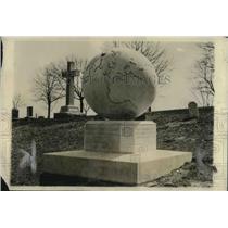 1922 Press Photo Arlington National Cemetery Rear Adm. Robert E. Perry