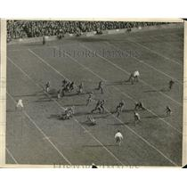 1925 Press Photo Holy Cross Football Administering 7 to 6 Beatdown of Harvard