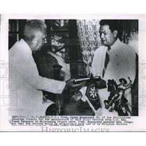 1955 Press Photo President Raon Magsaysay of Philippines & Ambassador Ferguson