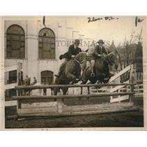 1923 Press Photo Madeline Lasshire, Mary Jackson, Washington D.C. Riding Club