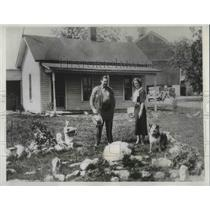 1933 Press Photo Milk strike leader back home.