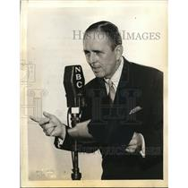 1934 Press Photo Tex O'Rourke, MC for NBC Blue Network broadcast