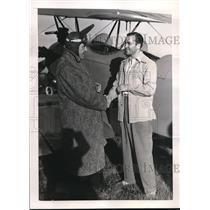 1938 Press Photo Dr. John P. O'Connell Flies to Meet with Boxer Barney Ross